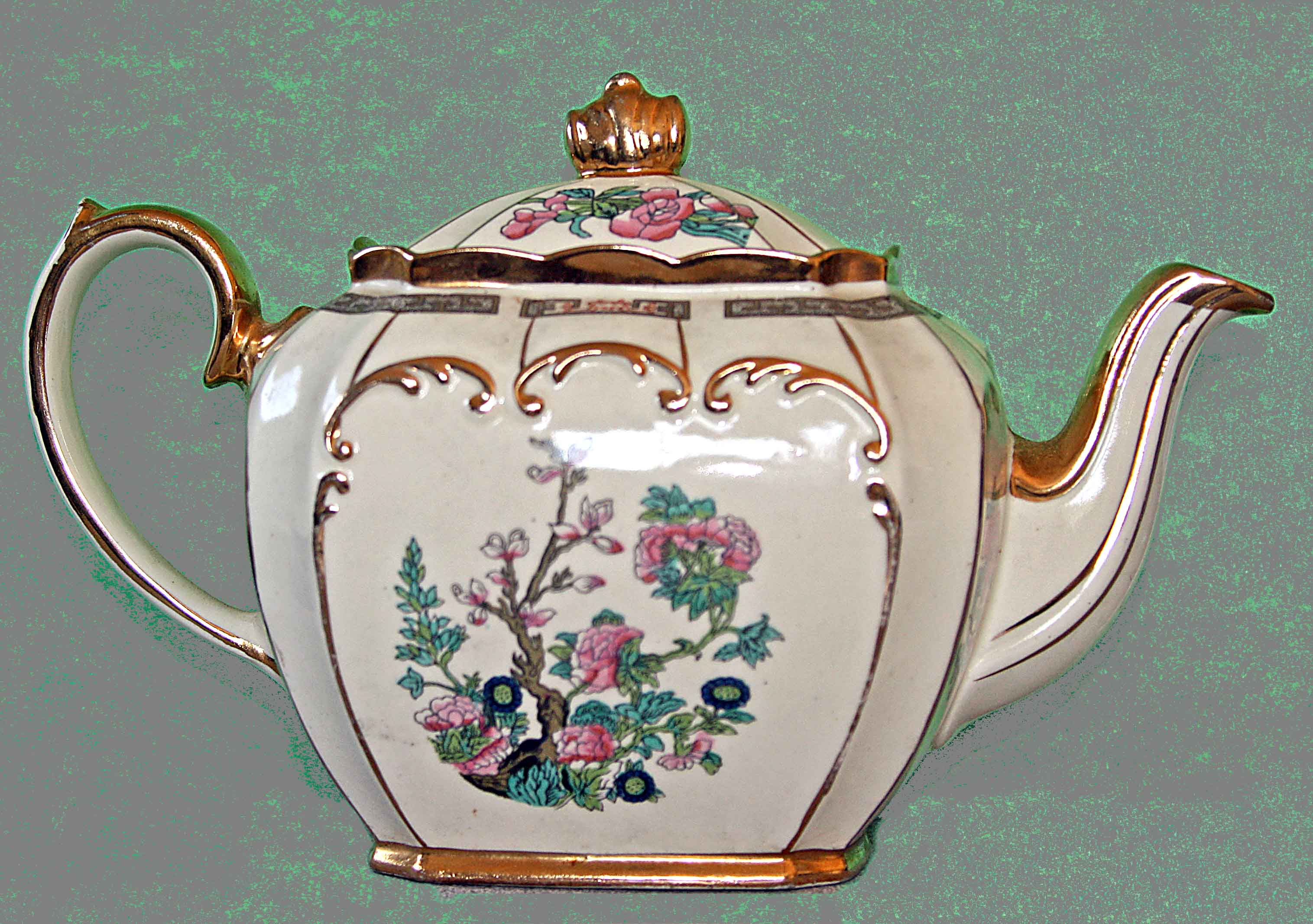 Looking For Teapots Not Looking For A Free Appraisal Just An Indicator Whether