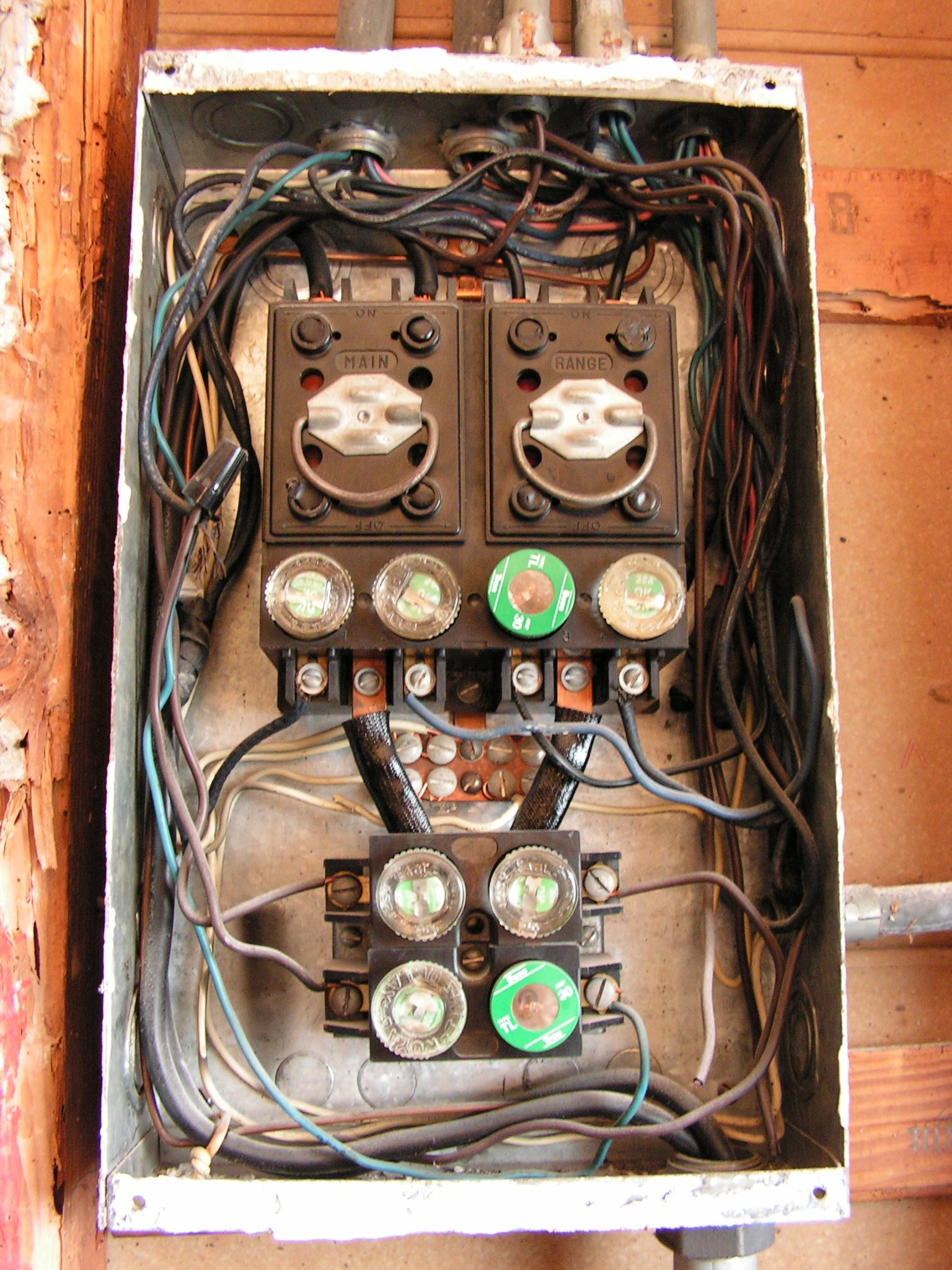 30 Amp Old Fuse Box Auto Electrical Wiring Diagram Sub Panel I Need Advice From An Electrician Who Has Tons Of Experience