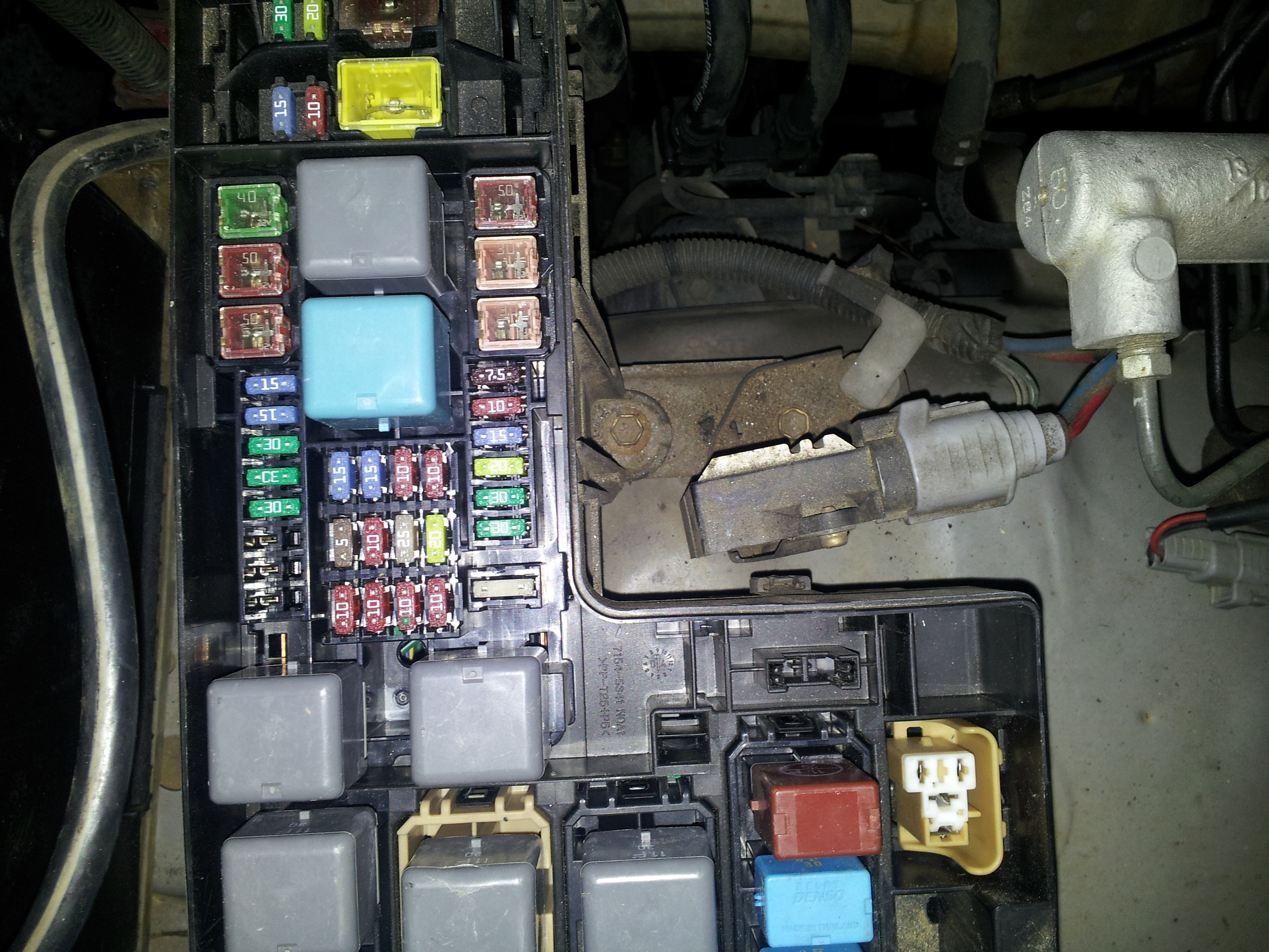Toyota Echo Fuse Box Key Auto Electrical Wiring Diagram 2009 Corolla 1995 4runner