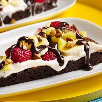 Gluten-Free Brownie and Berries Dessert Pizza recipe from Betty Crocker