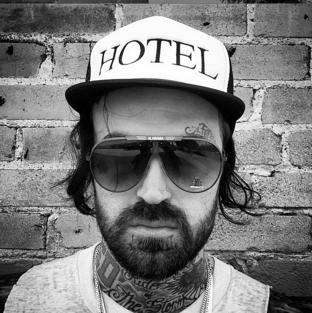 Black Wolf Wallpaper Yelawolf Unhinged It S Really Unfair To Say That