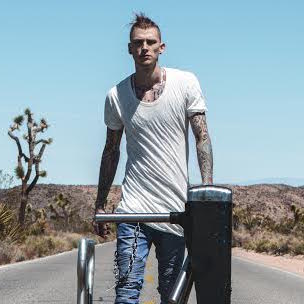 Halsey Wallpaper Quotes Machine Gun Kelly Is Finally Above The Chaos Hiphopdx