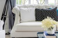 35 Sofa Throw Pillow Examples (Sofa Dcor Guide) - Home ...