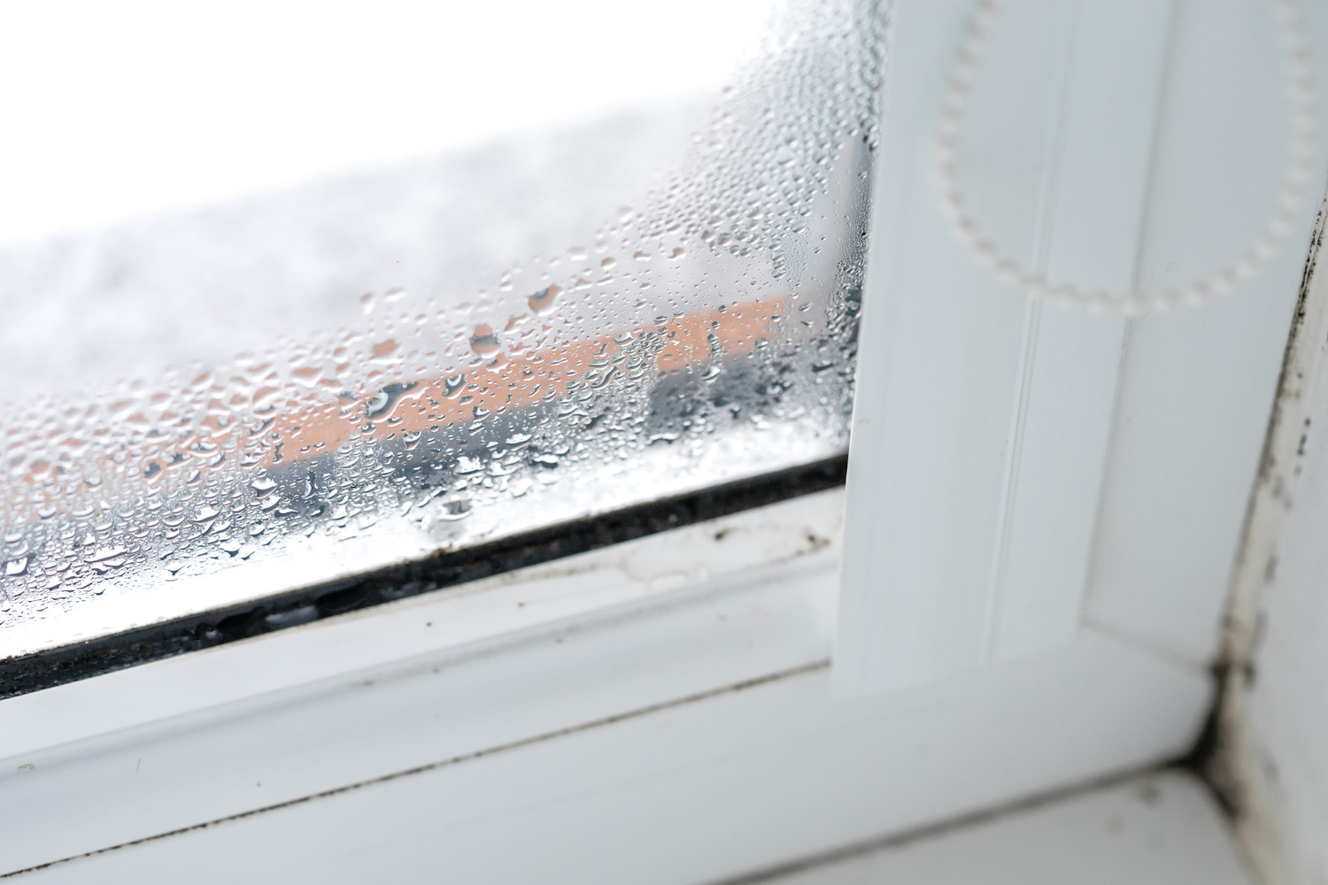 How To Insulate Windows Insulating Windows To Stop Heat Loss In Seattle Procraft Windows