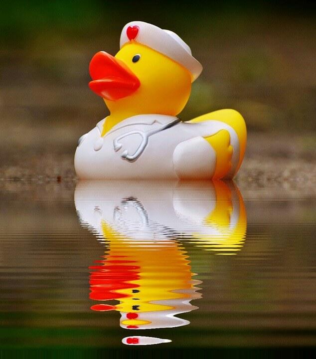 float pool nurse