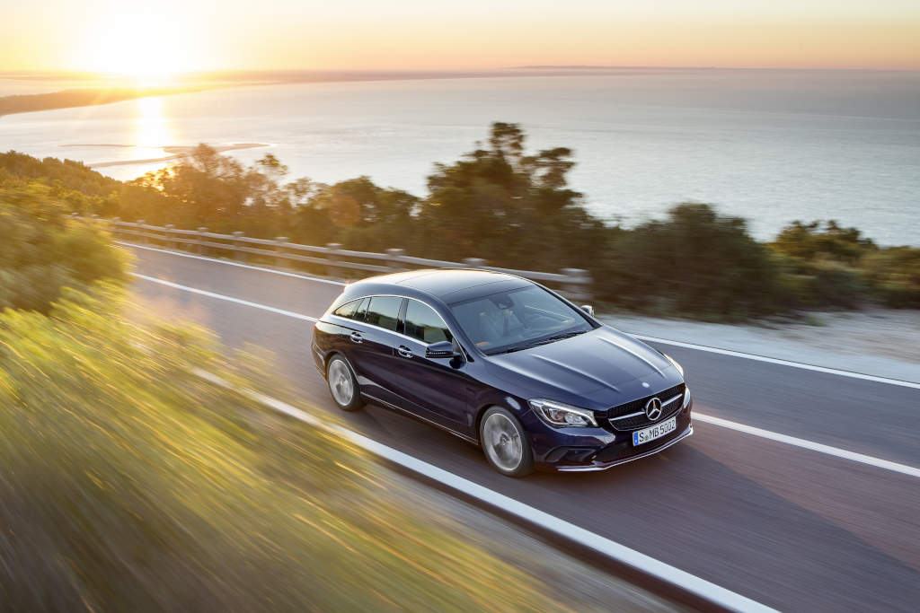 Cla Urban Interieur The New Mercedes-benz Cla And Cla Shooting Brake Photo