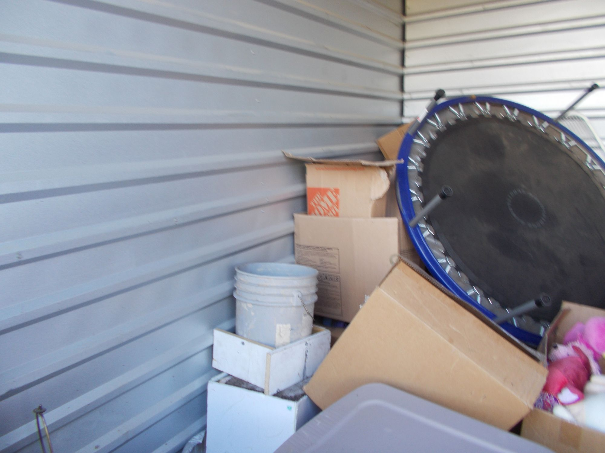 Storage Unit Auction 528339 Colorado Springs Co & Storage Unit Auctions Colorado Springs - Listitdallas