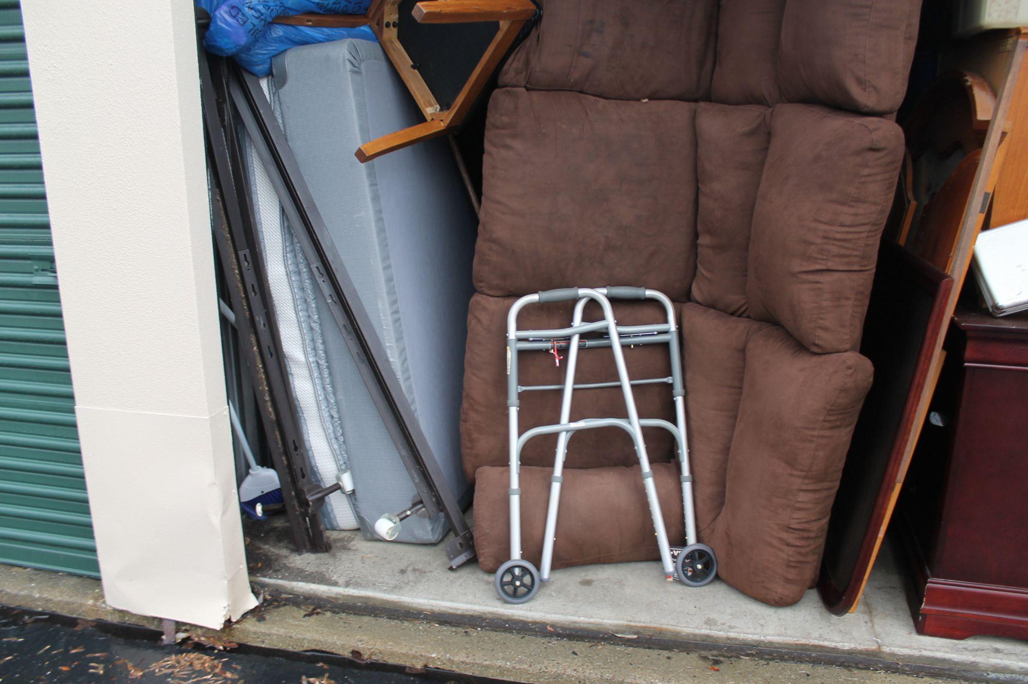 Storage Unit Auction 550814 Waterford Mi & Storage Units Waterford Mi - Listitdallas