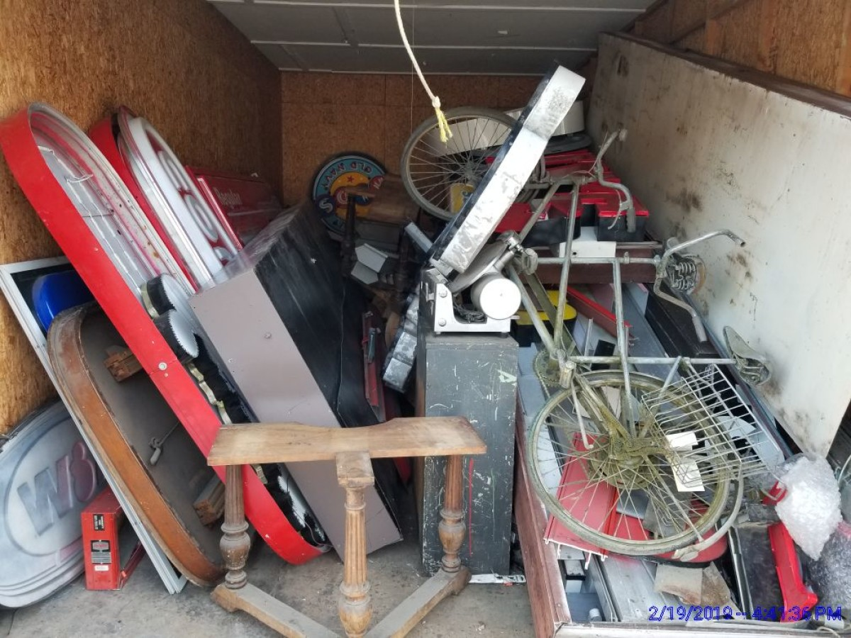 Storage Unit Auction 742604 Fort Wayne In