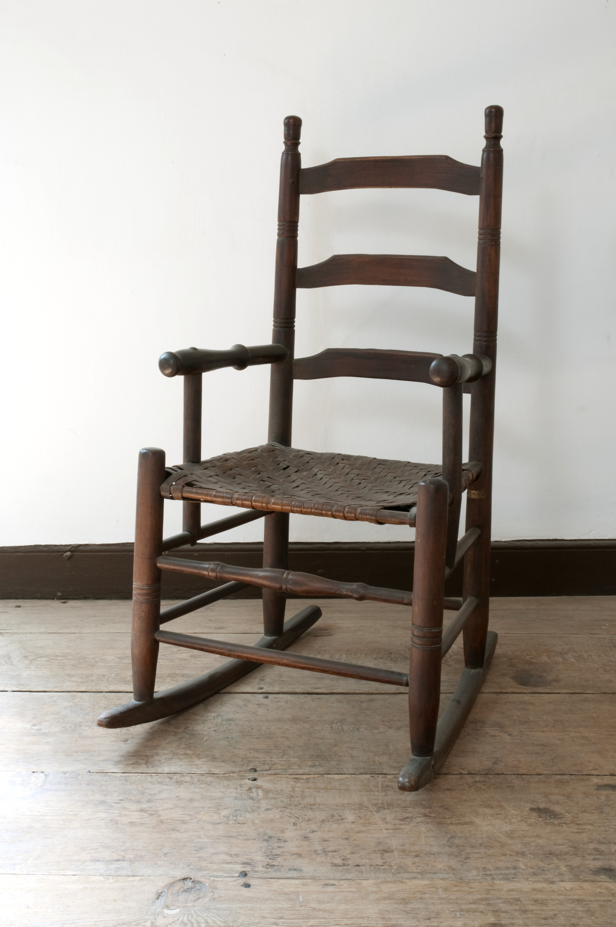 Best Place To Buy Rocking Chairs Ladder Back Rocking Chair George Washington S Mount Vernon
