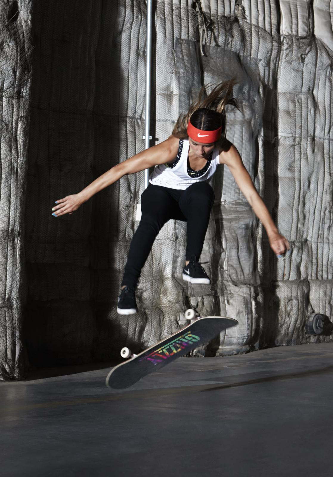 Longboard Girl Wallpaper Leticia Bufoni Nike News