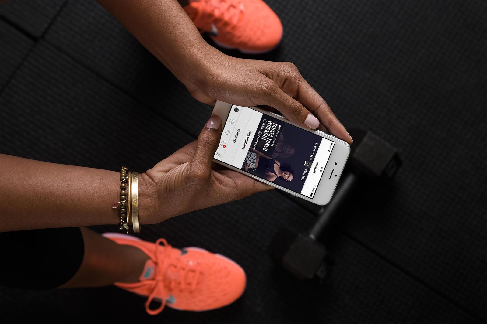 Wallpaper Tennis Girl New Nike Training Club App Update Inspires Athletes For