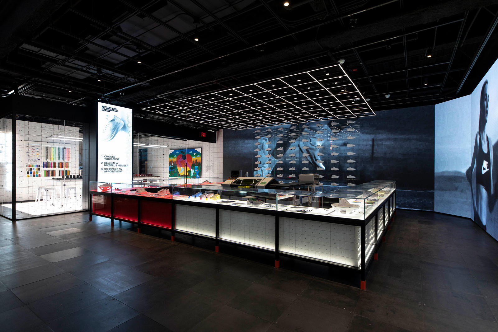 Table Manhattan Fly First Look Nike Nyc Flagship Nike News
