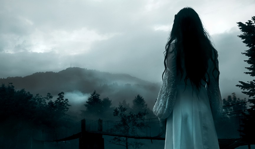 Girl In Gown Wallpaper Cinematography Tips For Horror Filmmakers