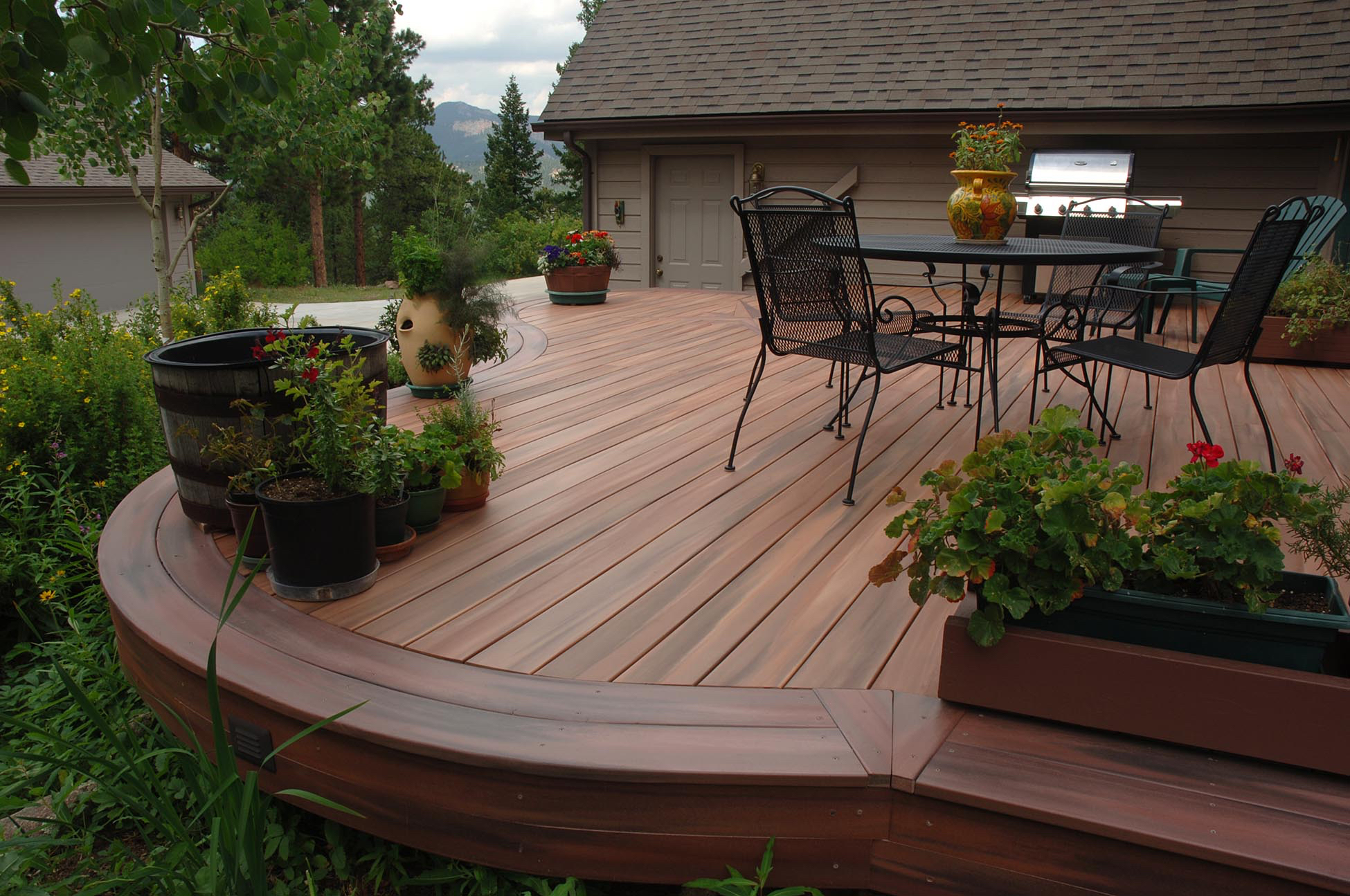 Synthetic Deck Boards 10 Things You Should Know Before Choosing Composite Decking Hunker
