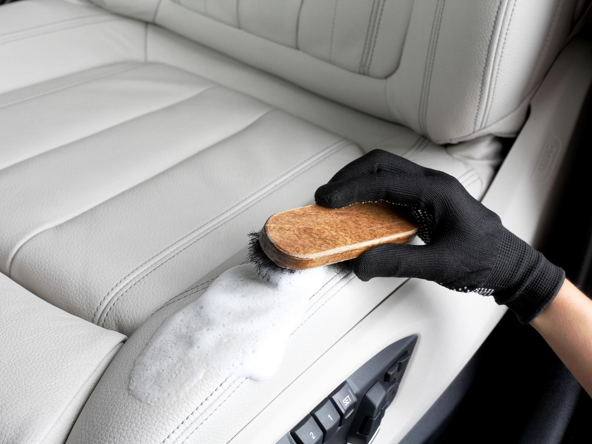 alcantara car seats and leather furniture upholstery by COLOURLOCK COLOURLOCK Leather /& Textile Cleaning Brush for car interiors