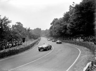 1951 Ferrari 340 America Touring Barchetta at Le Mans (Courtesy of the Geoffrey Goddard Collection)