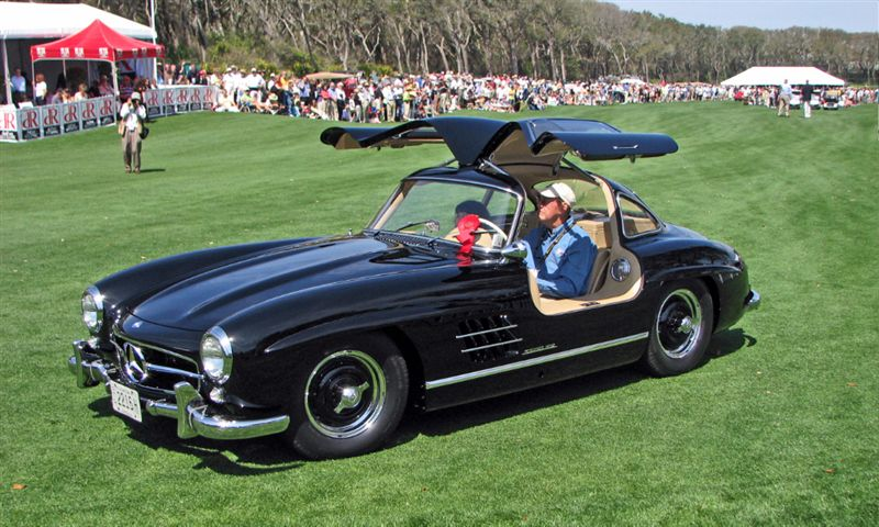 2009 amelia island concours d elegance corporate award for Mercedes benz credit corp