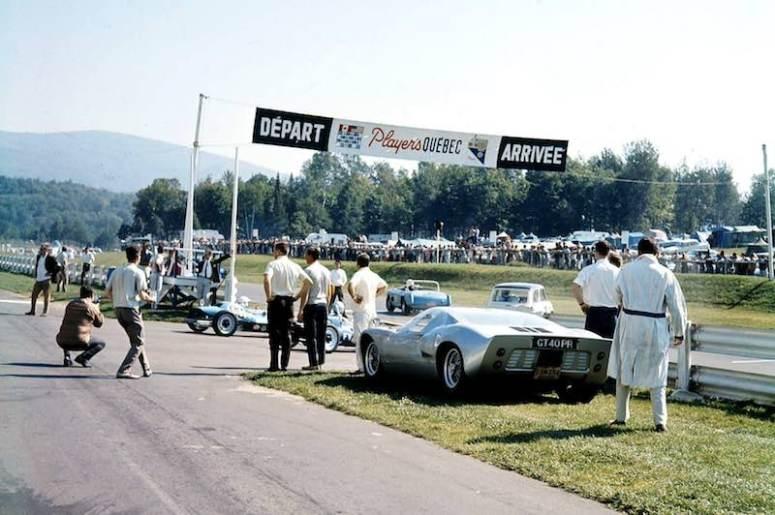 1966 Ford GT40 P/1028 at Saint Jovite