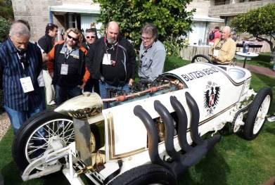 Many admirers of the Blitzen Benz (photo: Bob Golfen)