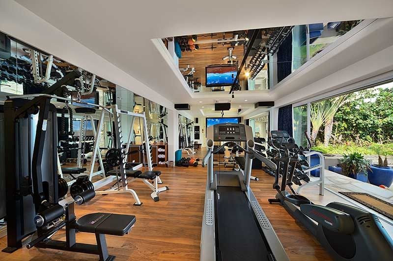 3d Wallpaper Price Per Square Foot Top 5 Most Extravagant Personal Home Gyms Exercise Com Blog