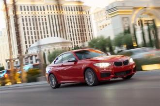 2014-BMW-M235i-3
