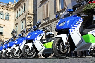 Barcelona Police Using BMW C Evolution Scooters