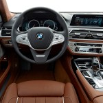 p90195575_highres_the-new-bmw-750li-in