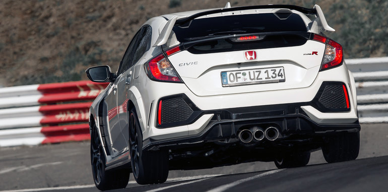 2017_honda_civic-type-r_nurburgring-record_19