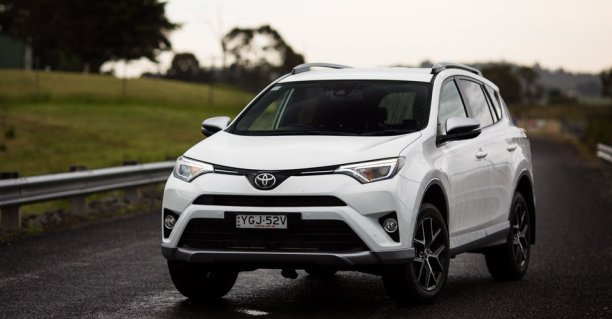 2017 Toyota RAV4 GXL review: Long-term report one