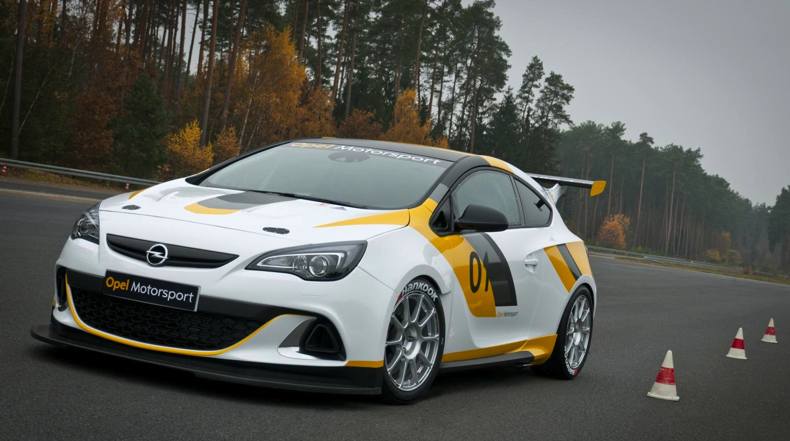 Gt Race Car Wallpaper Opel Astra Opc To Race Adam To Rally In 2013 Photos