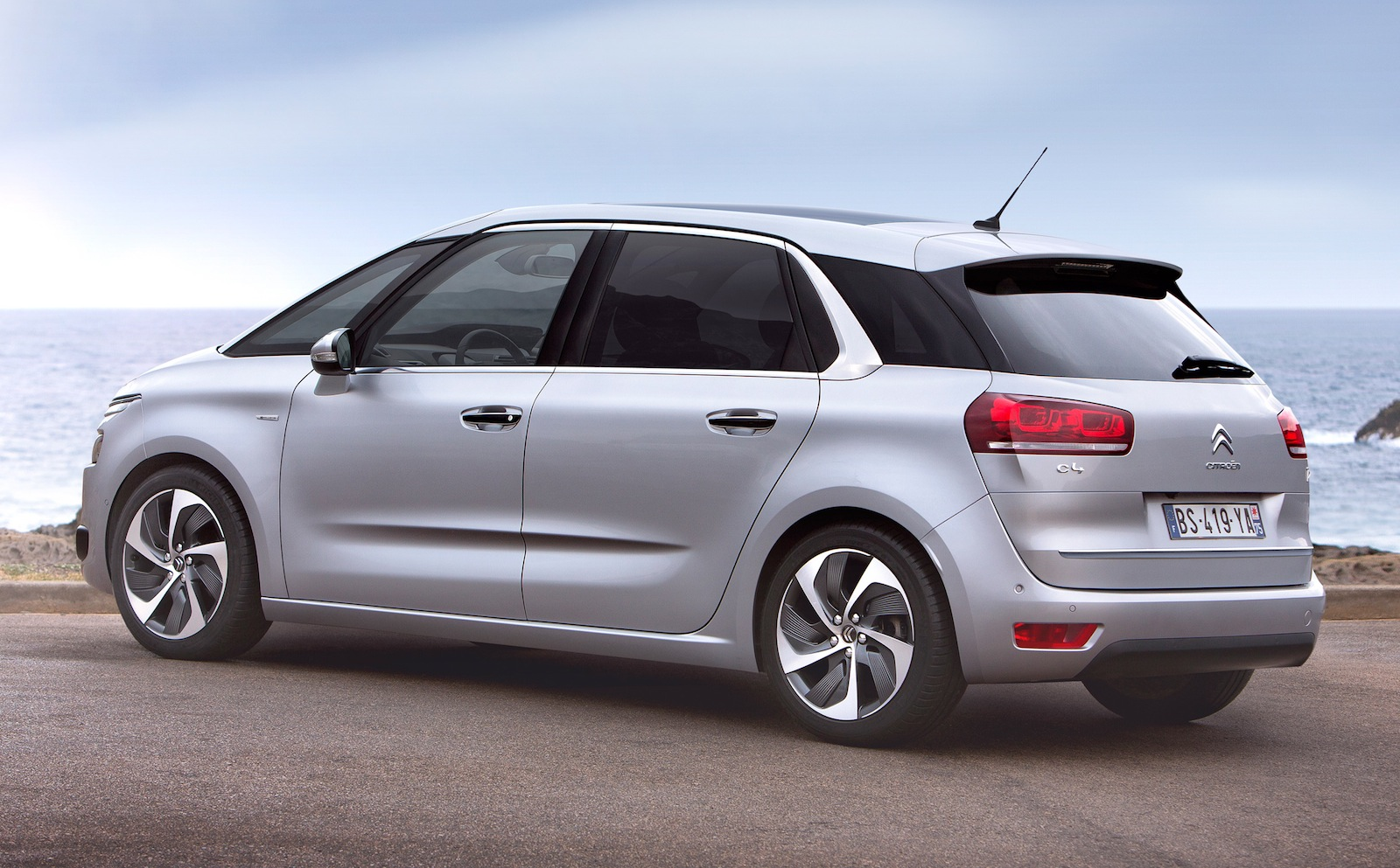 Asientos C4 Citroen C4 Picasso All New Mini Mpv Unveiled Photos 1
