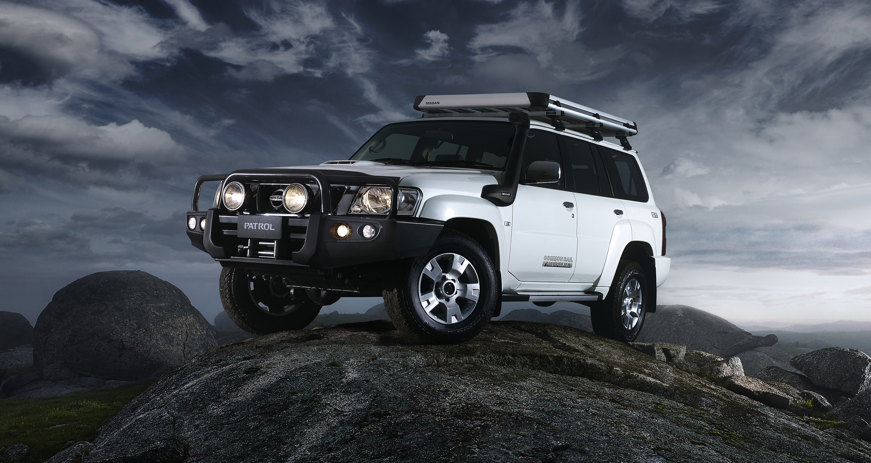Pajero Car Hd Wallpaper Nissan Patrol Decision Looms For Y61 In Australia With