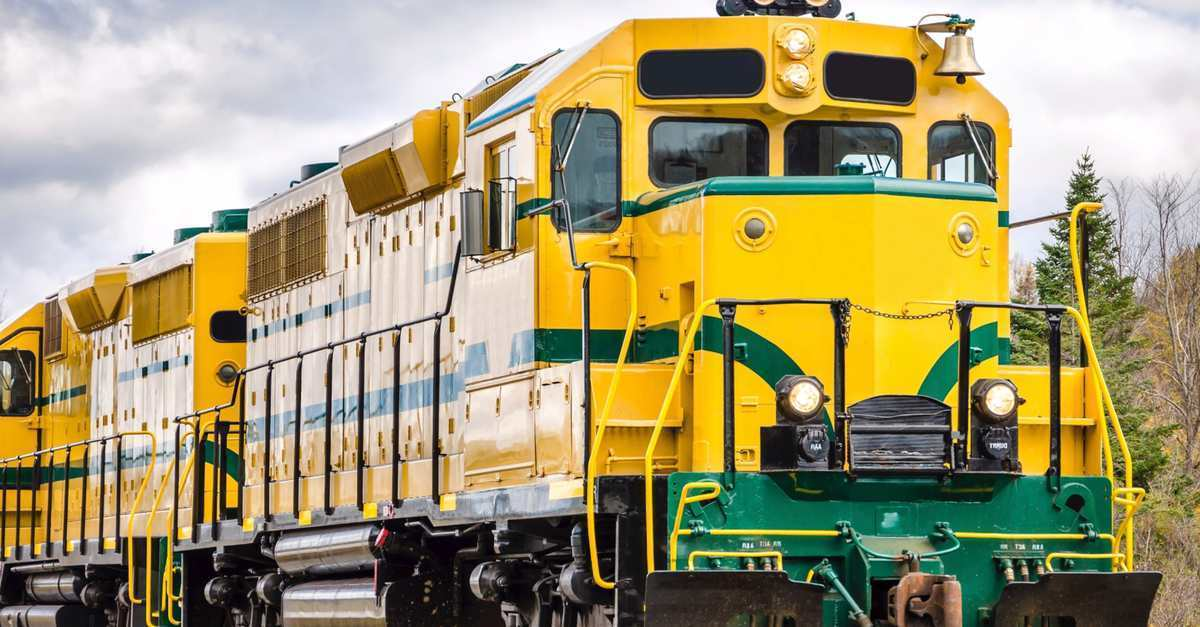 5 Horrifying Things You See Driving A Freight Train Cracked