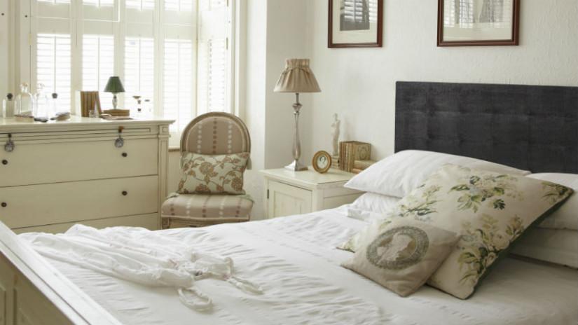 Schlafzimmer Landhausstil bei WESTWING Deutschland - schlafzimmer creme wei