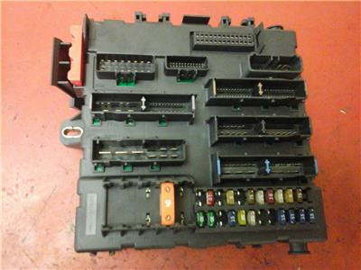 VAUXHALL VECTRA C REC REAR ELECTRICAL CONTROL MODULE FUSE BOX BJ