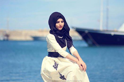 Muslim Girl In Hijab Wallpaper Tr 233 S Jolie