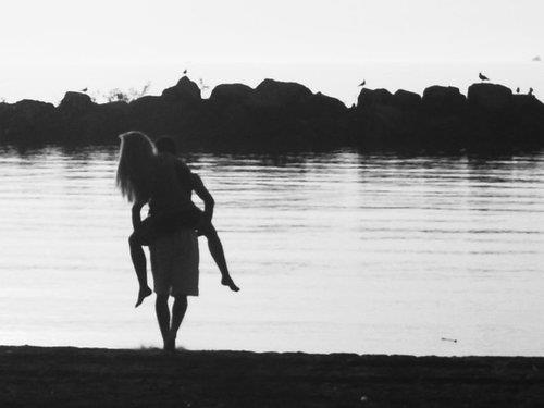Weed Iphone 5 Wallpaper Beach Black And White Boy Couple Girl Image 347915