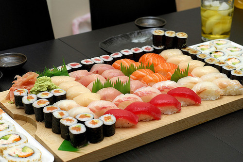 Japan Sushi Sushi Lover's Guide: Types Of Sushi | Trendmantra
