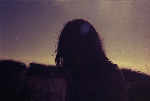 Lonely Girl Walking Wallpaper Alone Dark Girl Hear Sky Image 429030 On Favim Com