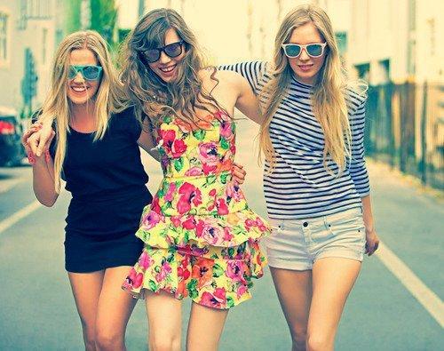 Sweet Girl Boy Love Wallpaper Bff Friends Girls Sweet Image 412893 On Favim Com