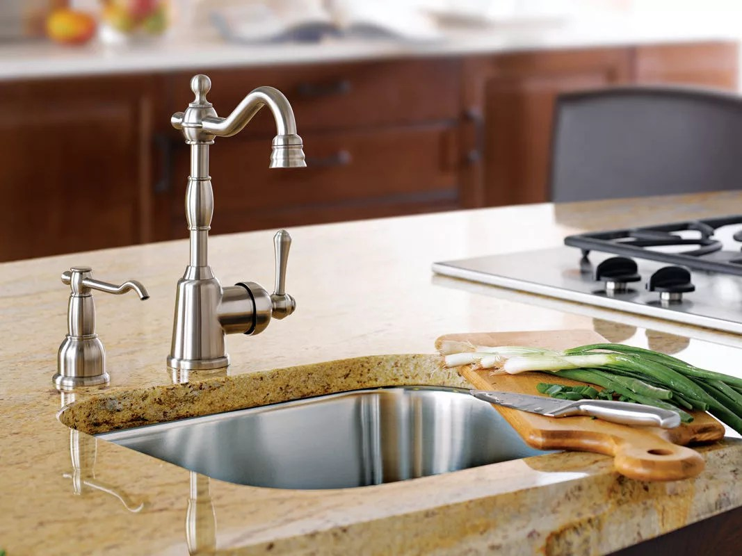 f danze kitchen faucets Alternate View