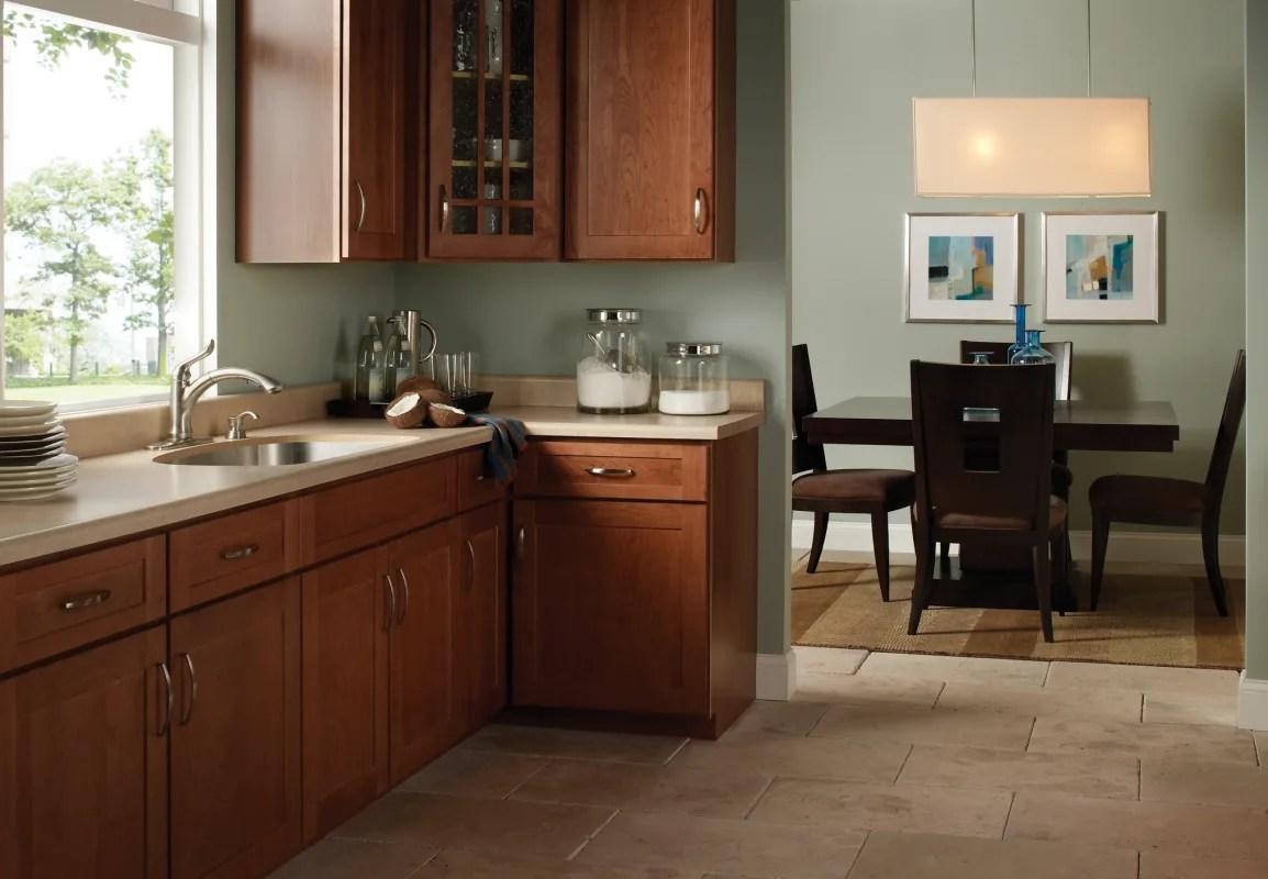 f delta linden kitchen faucet Alternate View Alternate View