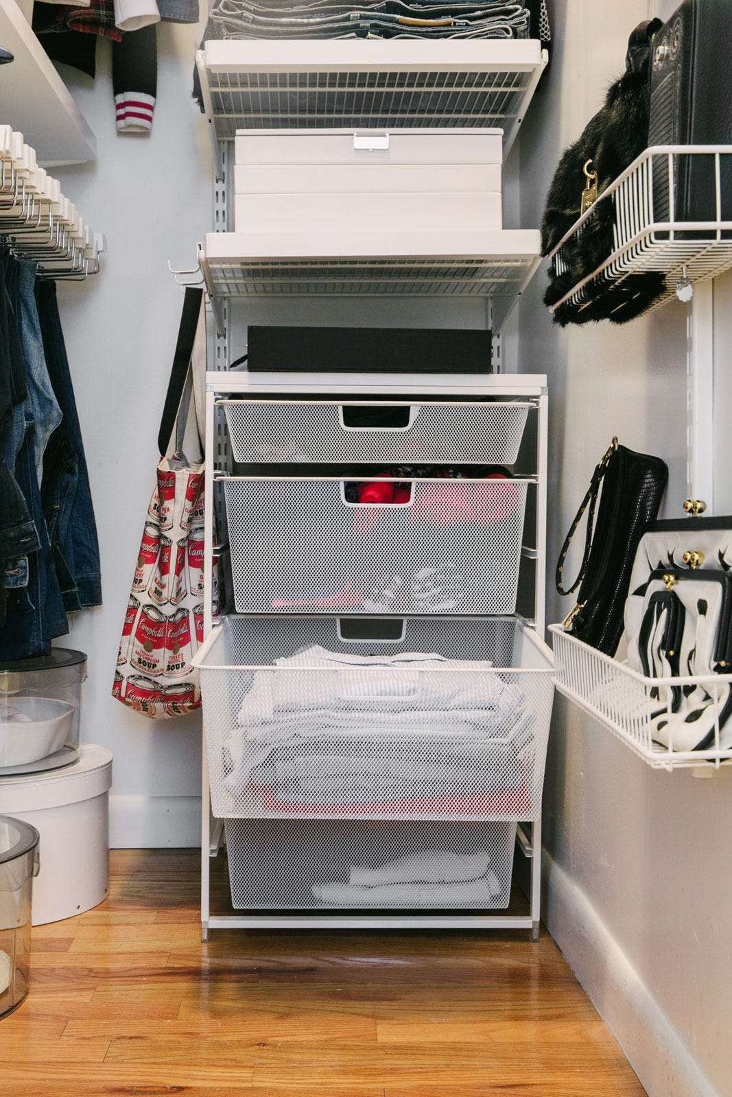 3 Person Couch Small Walk-in Closet Organization Tips