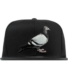 Staple Black Louis Pigeon Mitchell & Ness Snapback Cap Picutre