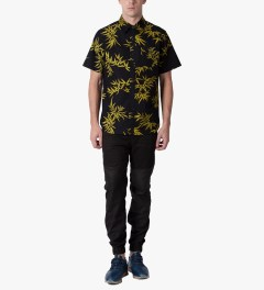 HUF Black/Gold Bamboo S/S Woven Shirt Model Picutre