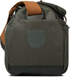 ULTRAOLIVE Grey/Rust Pebble Duffle Bag Model Picutre