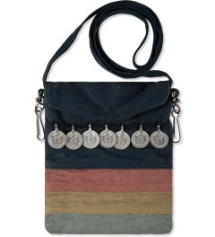 JohnUNDERCOVER Multi Navajo-inspired Bag Model Picutre
