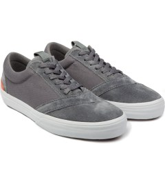 LOSERS Sumi Grey Uneaker Shoe Model Picutre