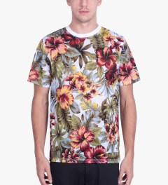 Stussy Natural Island Flower Mesh T-Shirt Model Picutre